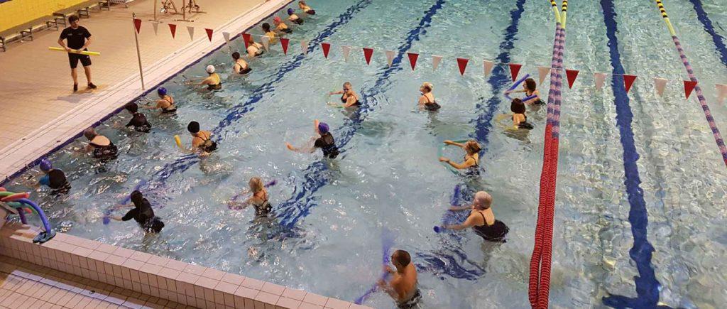 Cours d'aqua gym au stade nautique